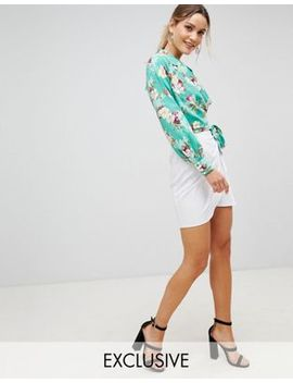 Pretty Little Thing Tie Front Mini Skirt by Pretty Little Thing