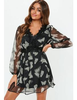 Black Long Sleeve Lace Trim Floral Dress by Missguided