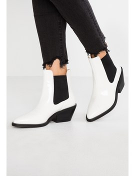 Caysi   Ankle Boot by Ivyrevel