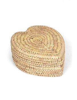 Ten Thousand Villages Lidded Natural Palm Leaf Basket 'palm Leaf Heart Basket' by Ten Thousand Villages