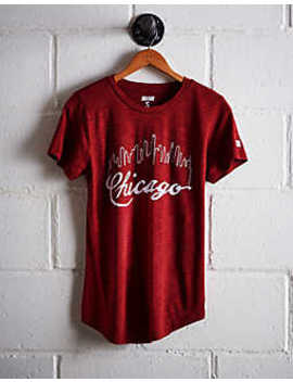 Tailgate Women's Chicago Skyline T Shirt by American Eagle Outfitters