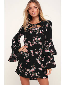 Midnight Garden Black Floral Print Bell Sleeve Shift Dress by Jack By Bb Dakota