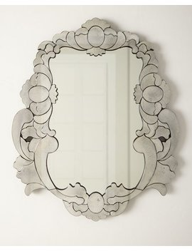 Queen Mirror by
