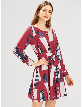 Geometric Print Self Tie Waist Dress by Romwe