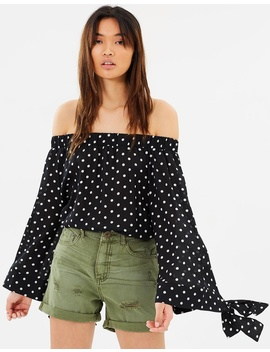 Bonnie Ace Off The Shoulder Top by Oneteaspoon