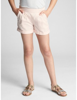 Pull On Shorts In Linen by Gap
