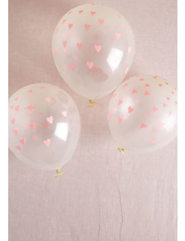 Hovering Hearts Balloon Set by Modcloth