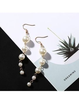 Parapara   Faux Pearl Dangle Earring by Parapara