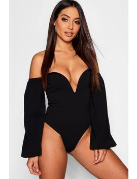 V Bar Plunge Puff Sleeve Body by Boohoo