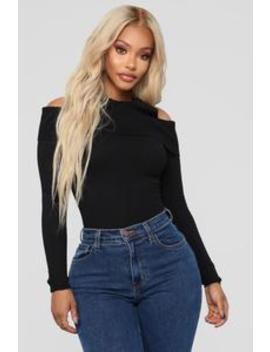 Sandra Cold Shoulder Sweater   Black by Fashion Nova