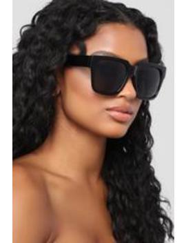 Romy Square Sunglasses   Black by Fashion Nova