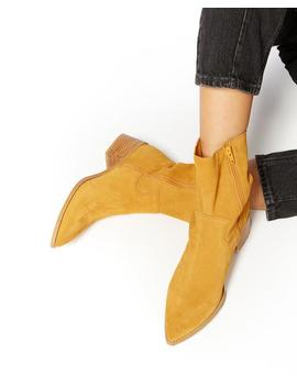 Florrie Leather Boot by Ban.Do
