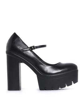 Black Shine Platform Low Cut Buckle Shoes by Koi Footwear