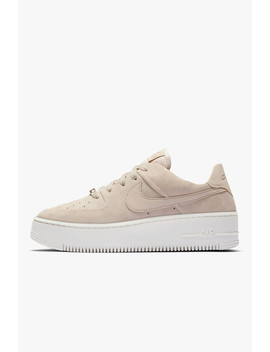 Air Force 1 Sage Low by Nike