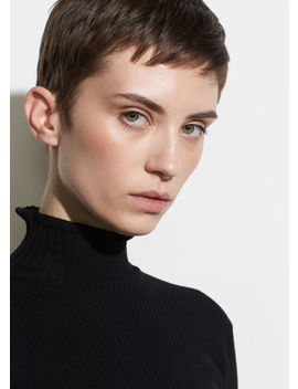 Lettuce Edge Turtleneck by Vince
