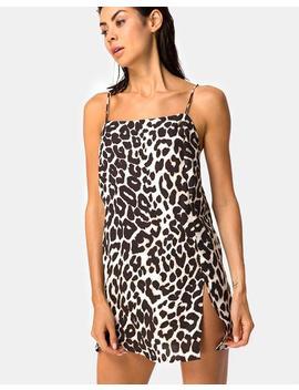 Datista Slip Dress In Oversize Jaguar By Motel by Motel