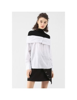 Black And White Contrast Stripe Top by Chicwish