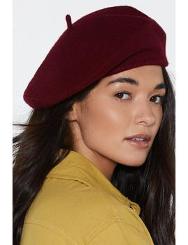 Off The Top Of Your Head Beret by Nasty Gal