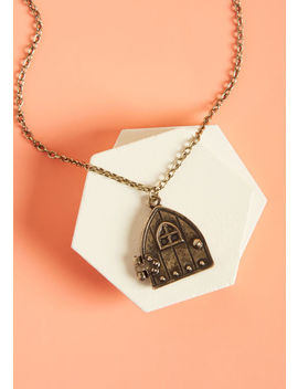 Knockin' The Knock Pendant Necklace by Modcloth