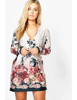Plus Plunge Border Printed Shift Dress by Boohoo