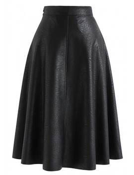 Everyday Basic Faux Leather Midi Skirt In Black by Chicwish