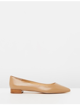 Iconic Exclusive   Cassia Leather Flats by Atmos&Here