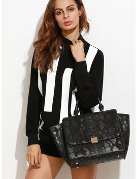 Black Snakeskin Leather Flap Handbag With Strap by Sheinside