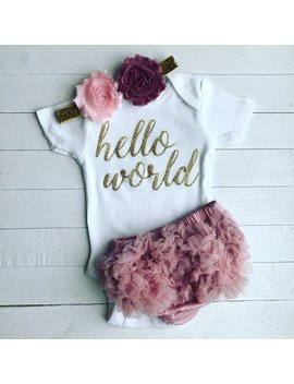 Hello World | Baby Girl Coming Home Outfit | Newborn Hello World Outfit | Hello World Onesie | Newborn Girl Outfit I Baby Coming Home Outfit by Etsy