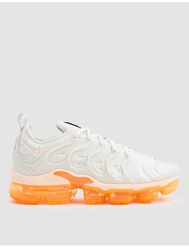 Nike Air Vapormax Plus Sneaker In Phantom/Crimson by Nike