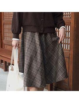 Eyashu   Plaid A Line Midi Skirt by Eyashu