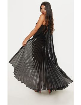 Black Iridescent Statement Wings by Prettylittlething