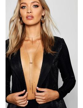 Gathered Bar Plunge Necklace by Boohoo