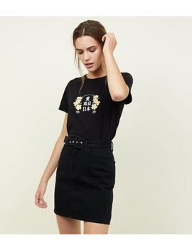 Black Chunky Buckle Belted Denim Mini Skirt by New Look