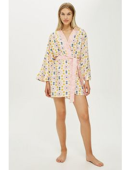 Key To Freedom Star Print Robe by Topshop