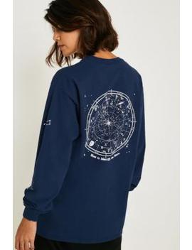 """Urban Outfitters– Longsleeve """"Celestial"""" Im Skaterstyle by Urban Outfitters Shoppen"""