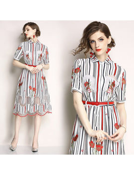 2018spring/Aut<Wbr>Umn Women's Fashion Temperament Embroidery Hollow Out A Line Dress by Unbranded