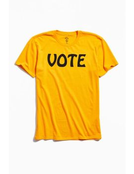 Uo Community Cares + I Am A Voter Vote Tee by Uo Community Cares