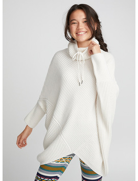 Ribbed Turtleneck Poncho by Twik