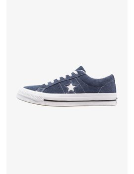 One Star    Sneaker Low by Converse