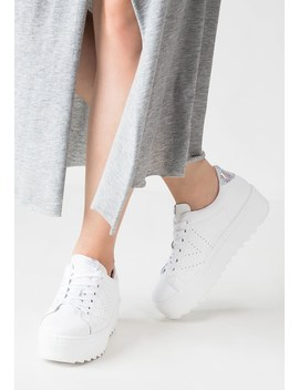 Trainers by Victoria Shoes
