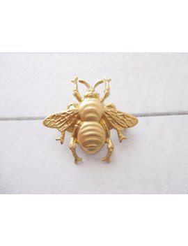Bee Brooch Gold Bumble Bee Pin Bumble Bee Lapel Pin Brass Bug Brooch Nature Woodland Wedding Bridesmaids Bridal Gifts For Her by Etsy