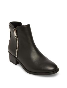 True Zip Leather Ankle Bootie by Steve Madden