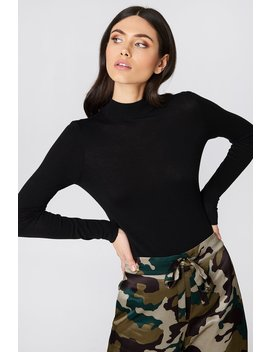 Tight Turtleneck Ls Top by Na Kd