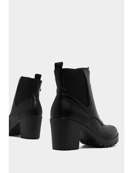 Get Up And O Ring Boot by Nasty Gal
