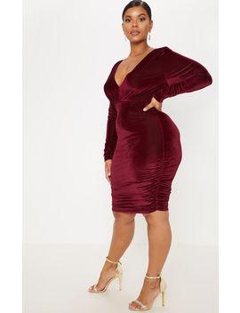 Plus Black Velvet Ruched Detail Midi Dress by Prettylittlething