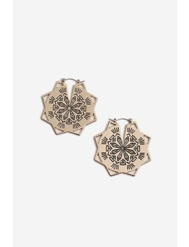 **Engraved Star Hoop Earrings by Topshop
