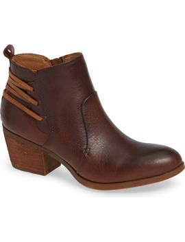 Kinsley Bootie by Comfortiva