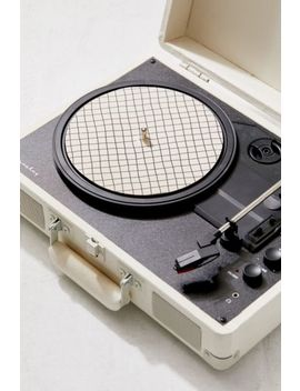 """Printed 7"""" Slipmat by Urban Outfitters"""