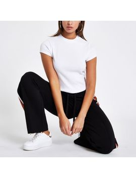 White Rib Crew Neck Crop T Shirt by River Island