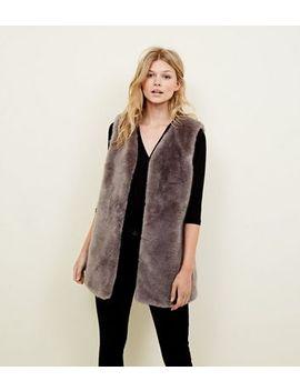 Petite Dark Grey Faux Fur Gilet by New Look